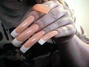 Страшные ногти с дизайном френч