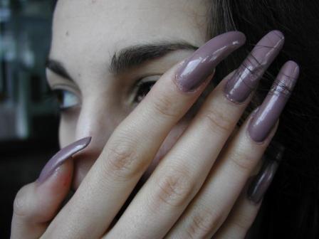 Сильно длинные натуральные ногти