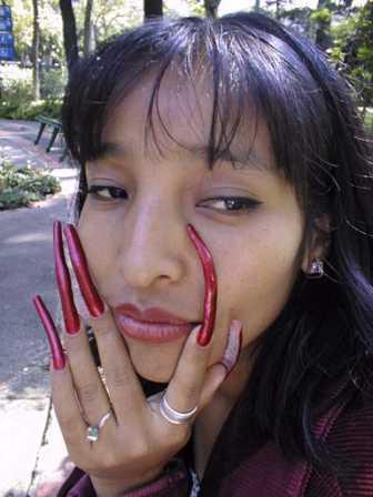 Страшные натуральные ногти