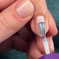 Базовое покрытие для защиты ногтей