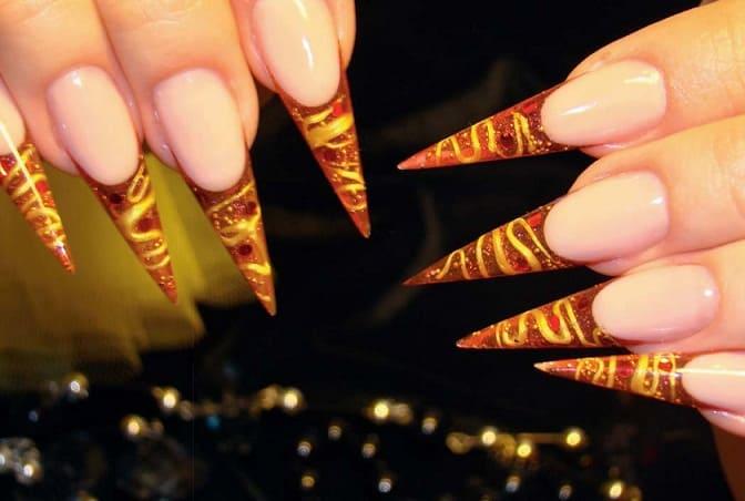 Пример дизайна ногтей с 3D гелем