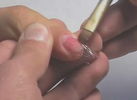 Видео обучение наращивание ногтей гелем на формы