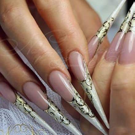 Форма ногтей Пика