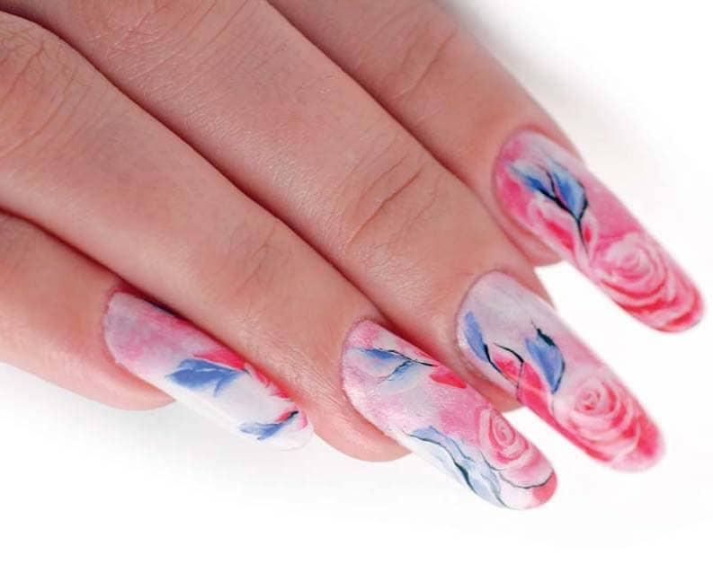 Сложная роспись ногтей