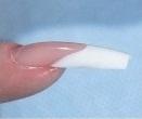 Правильная линия улыбки ногтя