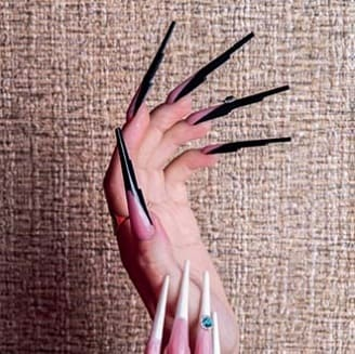 Форма ногтей Стейж